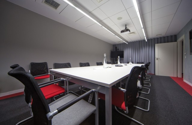 Huawei HD Video Conferencing System Deployed in the Office of Bank Pocztowy S.A.